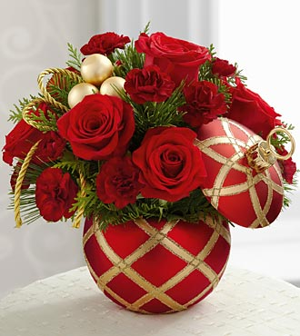The FTD® Season's Greetings™ Bouquet - VASE INCLUDED- Deluxe