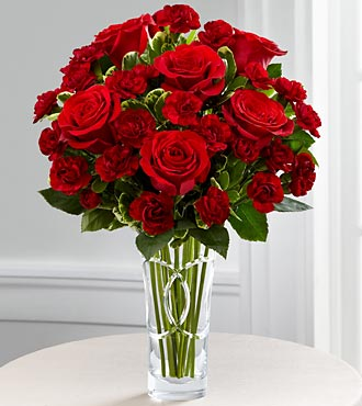 The Sweethearts® Bouquet by FTD® - VASE INCLUDED
