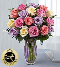 The FTD ® Mother 's Day Mixed Rose Bouquet- VASE INCLUDED