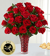 The FTD ® In Love with Red Roses™ Bouquet -VASE INCLUDED