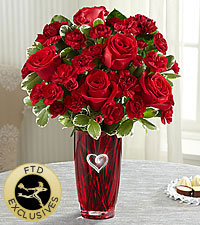 The FTD ® Sweethearts ®Bouquet