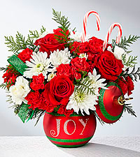 The FTD ® Season's Greetings™ Bouquet