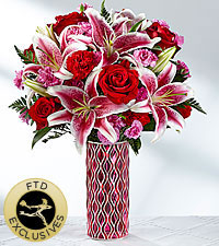 The FTD ® Lasting Romance ® Bouquet -VASE INCLUDED