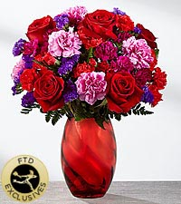 The FTD ® Sweethearts ® Bouquet