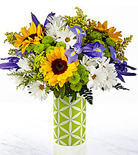 The FTD ® Sunflower Sweetness ™ Bouquet-VASE INCLUDED