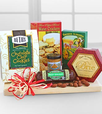 Gift Baskets Gourmet Meat & Cheese Assortment