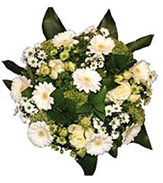 Mixed Bouquet in Cream Shades
