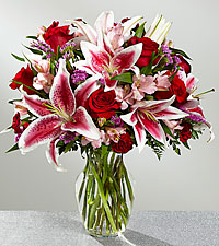 The FTD ® High Style Bouquet- VASE INCLUDED