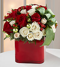 The Merry & Bright™ Bouquet by FTD ® - VASE INCLUDED