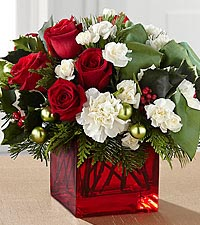 The FTD ® Merry & Bright™ Bouquet