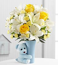 The Baby Boy Big Hug &reg; Bouquet by FTD &reg; - VASE INCLUDED