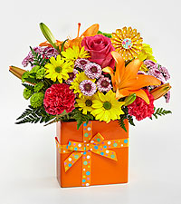 The FTD ® Set to Celebrate™ Birthday Bouquet - VASE INCLUDED