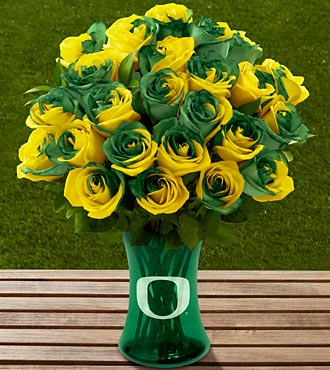The FTD&reg; University of Oregon&reg; Ducks&trade; Rose Bouquet - 24 Stems - VASE INCLUDED