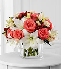 Le bouquet Blushing Beauty<sup>&trade;</sup> de FTD� - VASE INCLUS