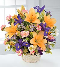 The Natural Wonders™ Bouquet by FTD ® - BASKET INCLUDED