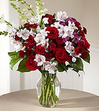 The FTD ® Dramatic Effects™ Bouquet
