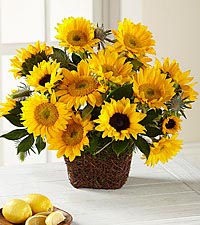 The FTD ® Perfect Sun™ Bouquet