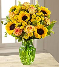 The FTD ® Daylight™ Bouquet