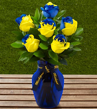 The FTD&reg; University of Michigan&trade; Wolverines&trade; Rose Bouquet - 6 Stems - VASE INCLUDED