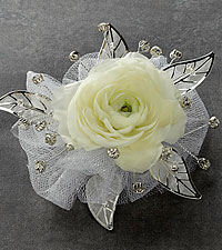 The FTD ® Pure Heaven™ Corsage