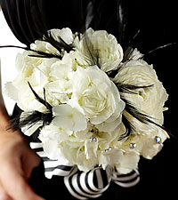The FTD ® Moonbeam™ Bouquet
