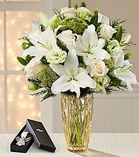 The FTD ® O Holy Night Christmas Bouquet - VASE & ANGEL BOOKMARK INCLUDED