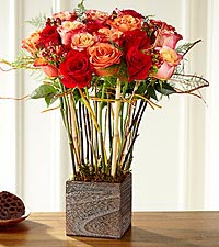 The FTD ® Contemporary™ Rose Bouquet