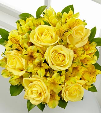 The FTD&reg; Citrus Burst Bouquet - 14 Stems, no vase
