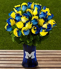 The FTD ® University of Michigan™ Wolverines™ Rose Bouquet - VASE INCLUDED