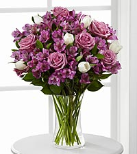 Simply Unforgettable Bouquet - VASE INCLUDED
