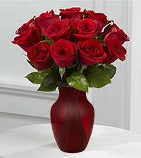 True Love Valentine Rose Bouquet -12 Stems - Red Vase Included