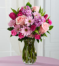 Sweet Delight Bouquet - 14 Stems - VASE INCLUDED