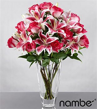 Blushing Echoes Bouquet in Crystal Nambé Vase - 16 Stems