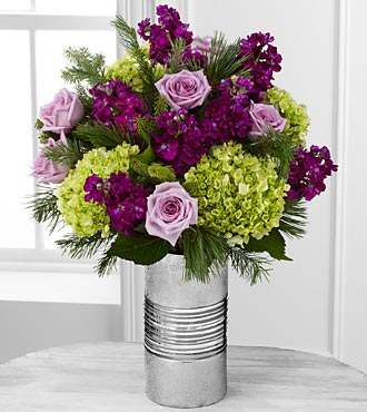Holiday Inspirations Rose & Hydrangea Flowers - 17 Stems - VASE INCLUDED