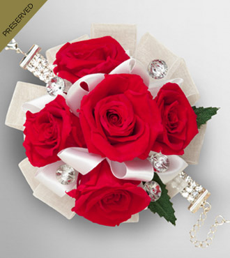 Keepsake Roses™ Red Wristlet by FTD®