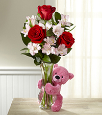 Hug Me Tender Valentine 's Day Bouquet - VASE & BEAR INCLUDED