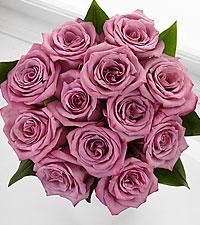 Elite™ Elegance Rose Bouquet - 12 Stems of 18-inch Roses - No Vase