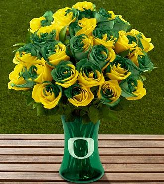 The FTD® University of Oregon® Ducks™ Rose Bouquet