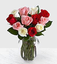 One Dozen Sweetheart Roses with Vase