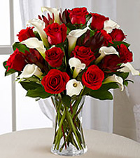 Memorable Moments Bouquet - VASE INCLUDED