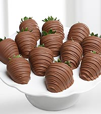 Golden Edibles&trade; Belgian Milk Chocolate Covered Strawberries - 12-piece