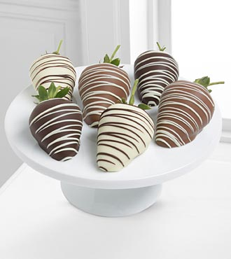 Golden Edibles™ Classic Belgian Chocolate Covered Strawberries