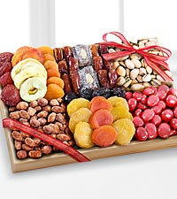 Season 's Snacks Holiday Dried Fruit, Nuts & Sweets Tray -GOOD