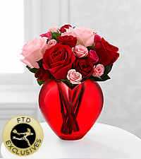 Le bouquet de roses My Heart to Yours&trade; de FTD<sup>�</sup> - VASE INCLUS