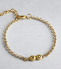 XO Hugs & Kisses Bead Bracelet