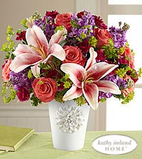 The FTD ® California Chic™ Bouquet for Kathy Ireland Home