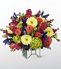 The FTD ® Extravagant Gestures™ Luxury Bouquet - Deluxe
