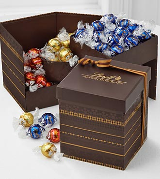 Buy announcements gifts selection - Lindt LINDOR Truffle Gift Selections