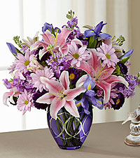 The FTD ® Radiant™ Bouquet