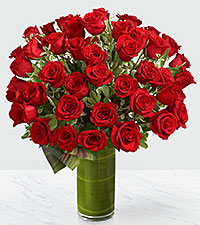 Bouquet de roses Fate Luxury - 48 roses de premi�re qualit� � tiges de 24 pouces - VASE INCLUS
